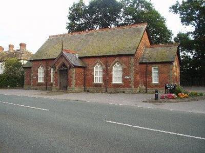 Adlington_Village_Hall.jpg